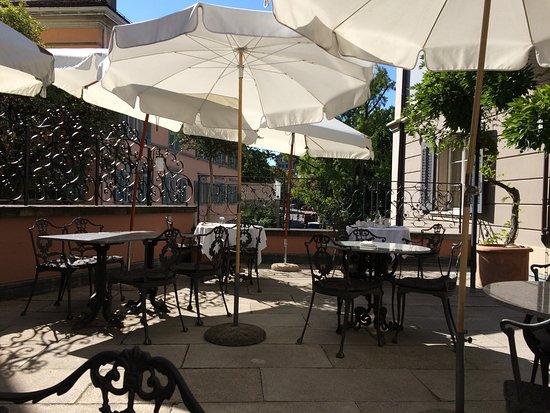 garden outside restaurant bild von hotel florhof za¼rich