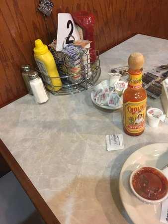 Steam Plant Family Restaurant: Classic diner decor and great portions for the price with friendly service
