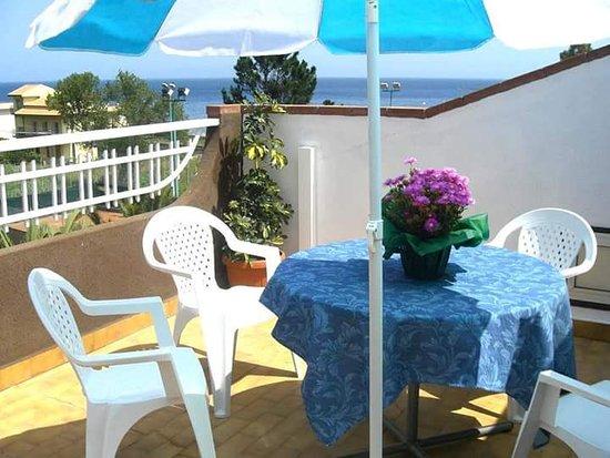 San Giorgio, Ιταλία: A pochi passi dal mare... Il posto ideale per godere del mare limpido in assoluto relax...