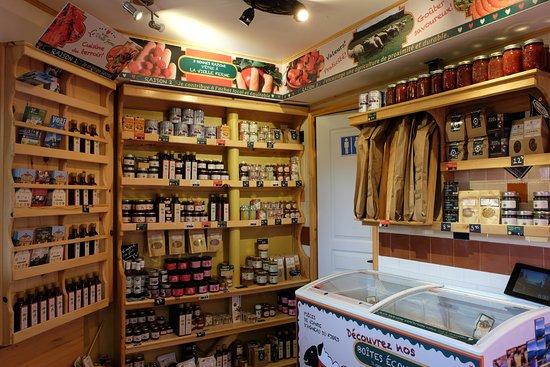 Saint-Fulgence, Canadá: Le petit marché votre halte gourmande pour continuer la route!