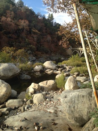 Three Rivers, كاليفورنيا: photo3.jpg