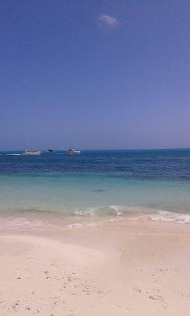 Hotel Dos Playas Beach House: image-c4cf2735d9e39772e220208b7961bd1013e38a5efbe60a9cd37edc10afb1f4a6-V_large.jpg