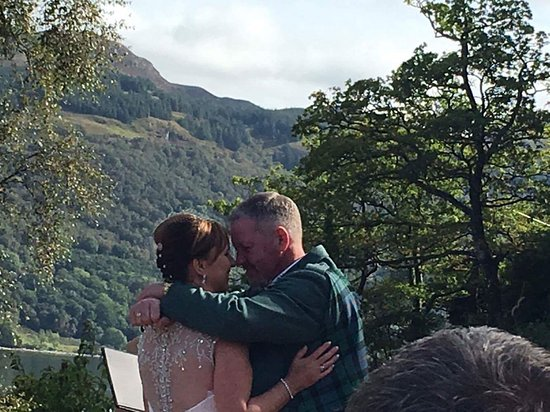 Loch Goil, UK: Wonderful wedding day of our dreams