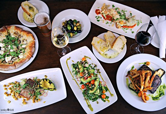 Los Olivos, Kaliforniya: From home made pizza, focaccia, to delicious skirt steak and seafood dishes prepared to perfecti
