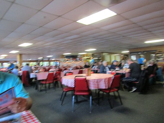 Dover, NH: This is probably the largest dining room I have ever eaten in.