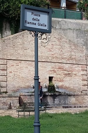 Fontana dei Cannelli