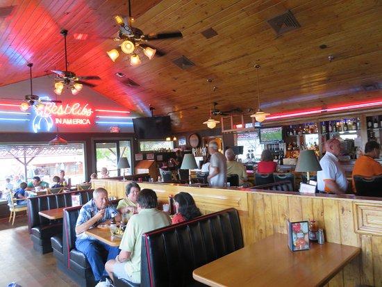 Lenoir City, TN: The bar/dining area at Calhoun's