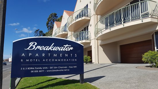 Breakwater Apartments
