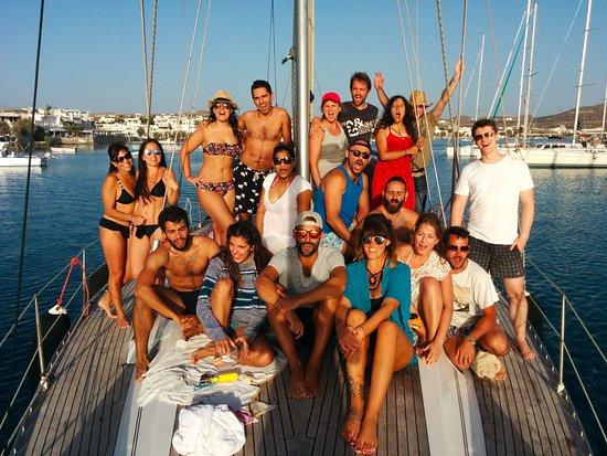 Adamas, Yunanistan: photo group at the end