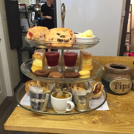 Ramsbottom, UK: Afternoon teas available now:)