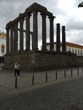 Templo Romano de Évora (Templo de Diana): photo2.jpg
