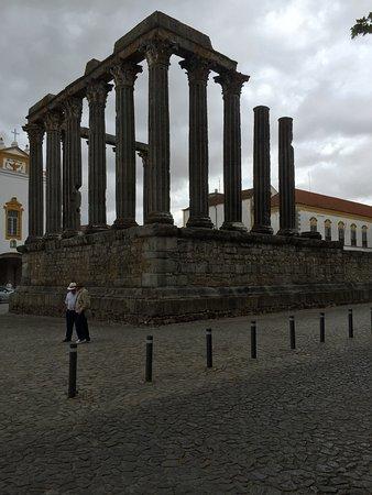 Templo Romano de Évora (Templo de Diana): photo3.jpg