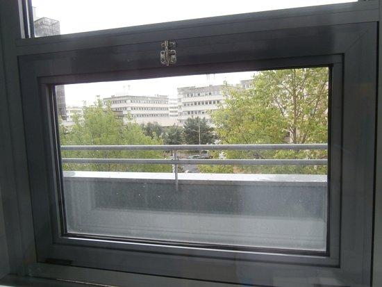 Ibis Budget Tours Centre: finestra