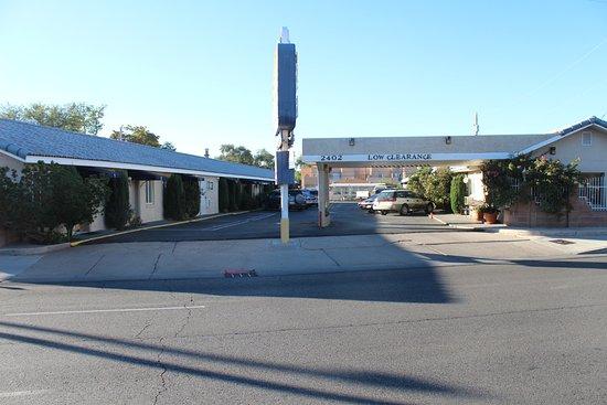 Monterey Motel: Property view