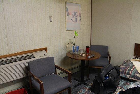 Monterey Motel: View of table in the door