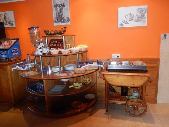 Petit Hotel: El desayuno cálido y acogedor