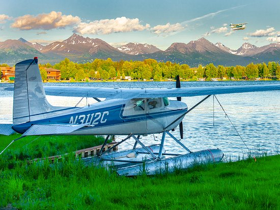Anchorage, AK: Lake Hood, the busiest floatplane base in the world, is a perfect gateway to Alaska adventure.