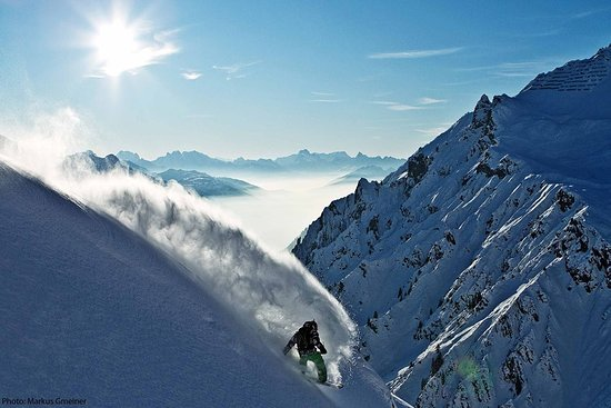 Into the White Freeride Adventures