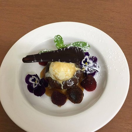 Toowoomba, Australia: One of our many great desserts