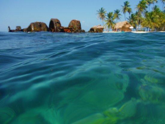 Región de Guna Yala, Panamá: arrecifes de colores, barcos hundidos, islas, cocos...