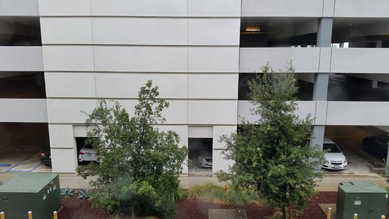 HYATT House San Jose/Silicon Valley: North Facing View (of the parking garage)