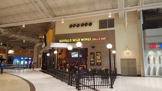 West Nyack, นิวยอร์ก: Buffalo Wild Wings