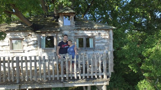 Monmarves, France: Treehouse taken on a drone