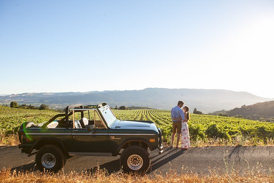 Couple with Bronco overlooking Sonoma Valley in Glen Ellen