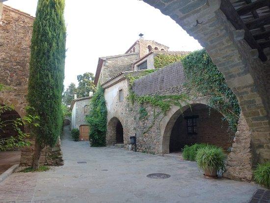 Creative Catalonia - Bike Holidays Girona Spain : Monells