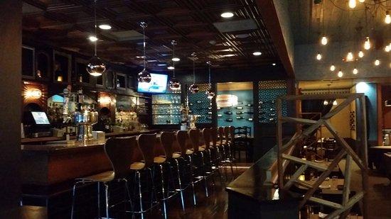 Smithfield, RI: Bar
