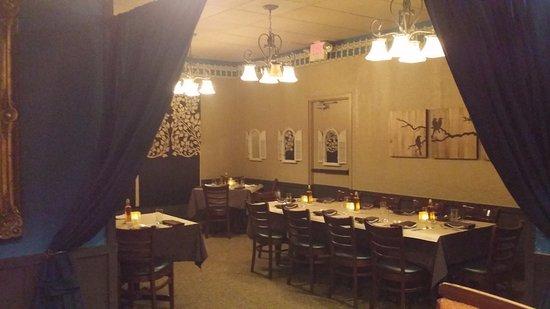 Smithfield, RI: Back room function area