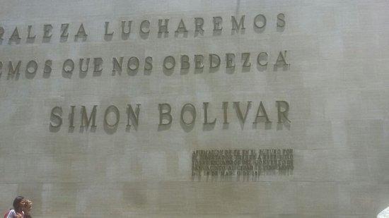 Plaza Bolivar: IMG-20160922-WA0026_large.jpg