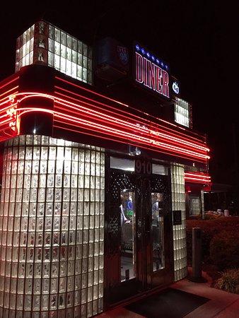 Highway Diner: front entrance
