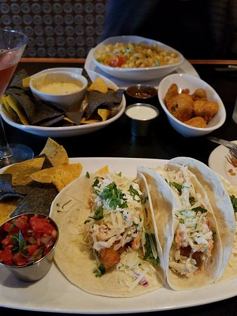 Belleville, MI: Our App's and Lunch