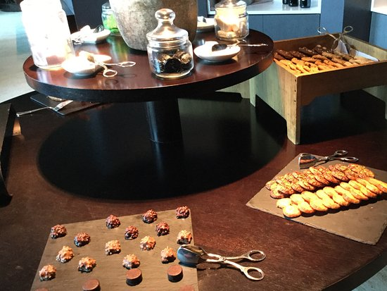Hotel Arts Barcelona : クラブラウンジの食事