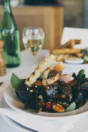 Bangalow, Australia: Delicious seasonal food