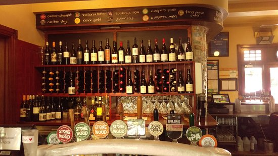Bangalow, Australien: craft beer, local beer and broad wine selection