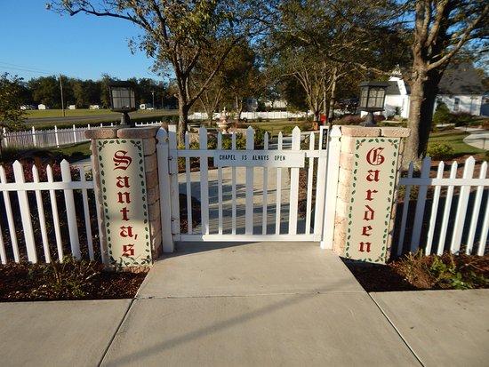 Lyons, GA: front gate