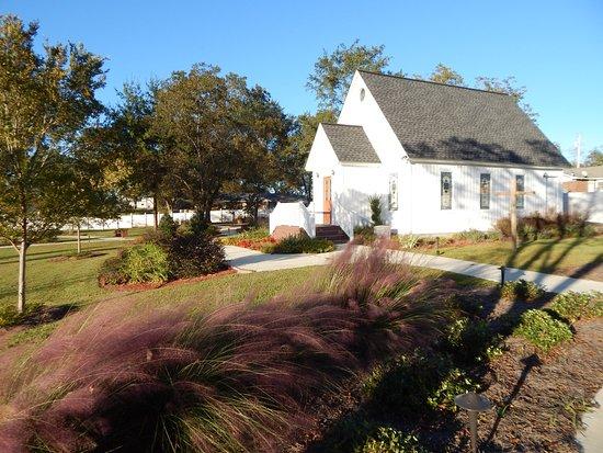 Lyons, GA: garden and chapel