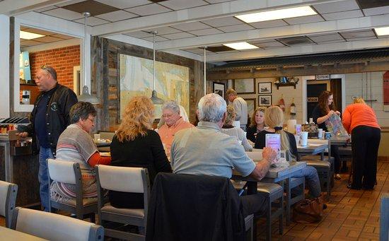 Princeton, Virginia Occidentale: Main Dining Area