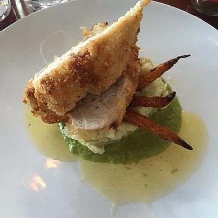 St Helens, Australia: Chicken Kiev (Dinner)