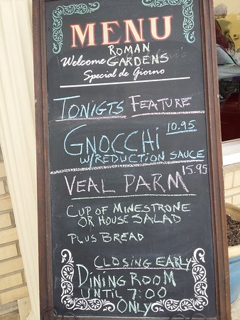 Waynesville, Carolina del Norte: This was the Daily Menu Board for when we dined last Friday evening.