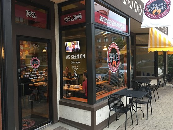 Bricks Pizza- Lombard Illinois- the front door