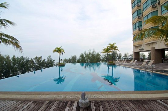 The Gurney Resort Hotel & Residences Penang: Infinity Pool