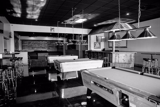 Lawrenceburg, IN: Pool, Darts, & Cornhole Available Daily
