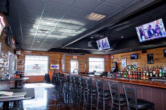 Lawrenceburg, IN: Main Bar