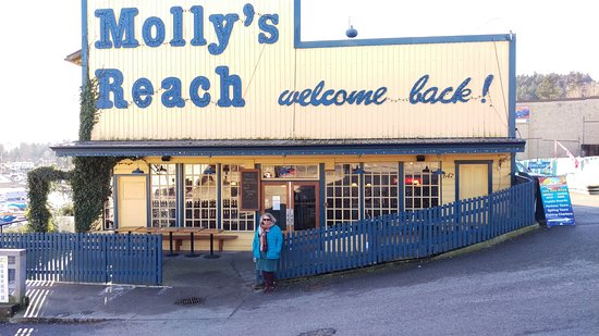 Sechelt, Канада: Mollys Reach, of the Beachcombers, Canada's longest running TV series set in Gibsons.