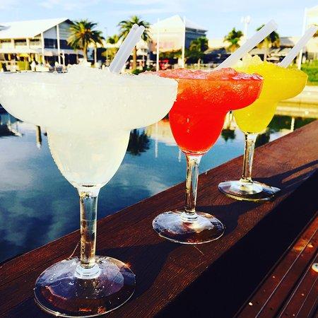 Hope Island, Austrália: Margaritas on the deck
