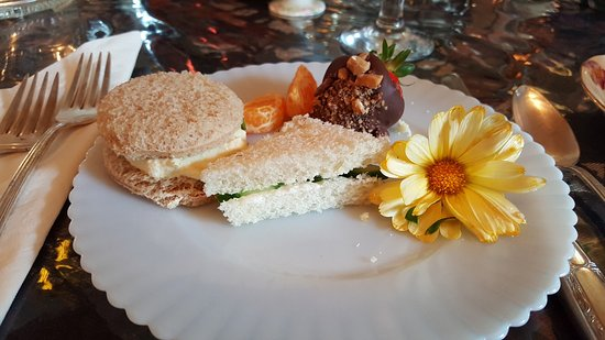 The Painted Lady Bed & Breakfast and Tea Room Resmi