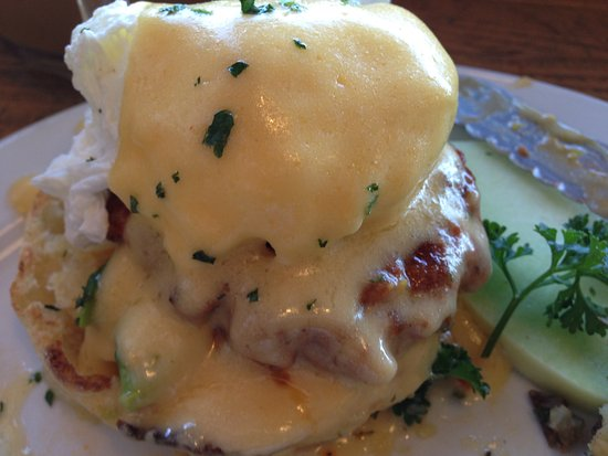 3rd St Cafe : Spicy Sausage Benny!